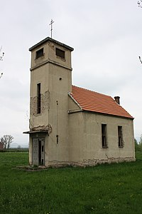 Keblice, kostel u hřbitova (2).jpg