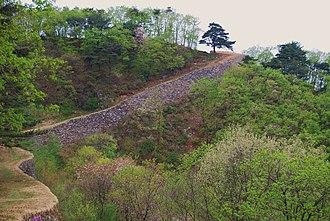 Chungju - Image: Korea Chungju Mountain 01