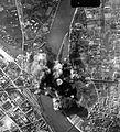 Lágymányos, a Déli Vasúti Összekötőhíd bombázása. Fortepan 15912.jpg