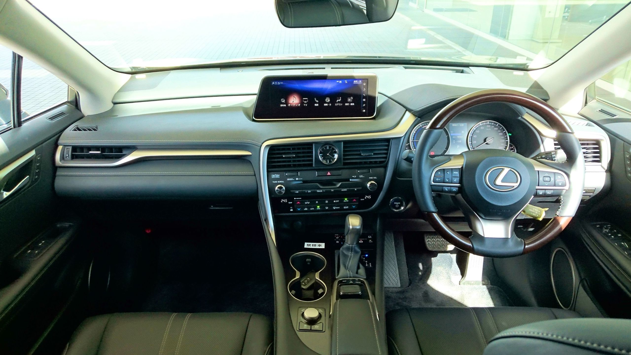 LEXUS RX450h 2016 JAPAN INTERIOR.JPG