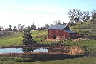 El Dorado County, California - Image: L Starks Grade Barn