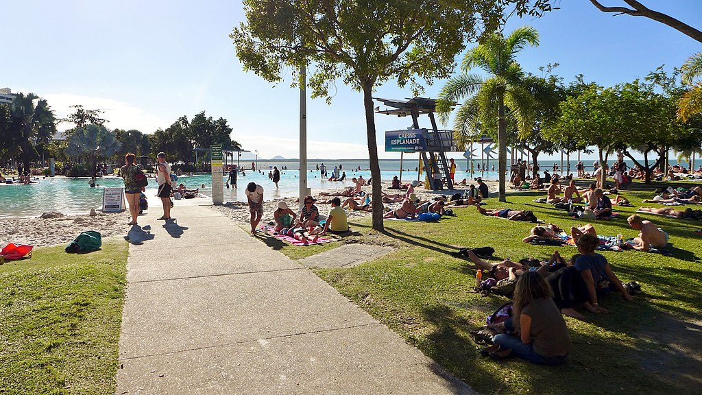 Lagoon, Esplanade, Cairns, 2015 (06).JPG