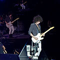 Lenny Kravitz - Craig Ross - Rock in Rio Madrid 2012 - 05.jpg