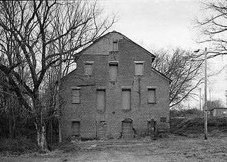 Lenoir Cotton Mill - Lenoir Cotton Mill in 1983