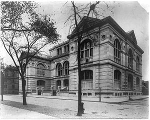 Lenox Library (New York City) - Lenox Library, View from the corner of Fifth Avenue and 70th Street