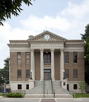 Limestone County, Alabama - Image: Limestone County Courthouse, Athens, Alabama 01