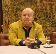 Lino Banfi nel corso di una conferenza stampa a Roma nel 2006