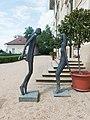 Litomyšl, sochy Olbrama Zoubka u zámku.jpg