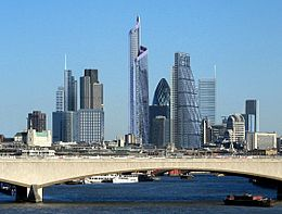 London skyline showing planned Bishopsgate Tower.jpg
