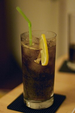 Long Island Iced Tea with Lemon and Straw