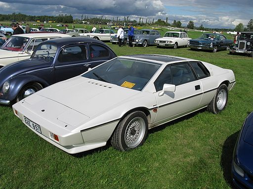 Lotus Esprit S3 in white (Creative Commons Image)