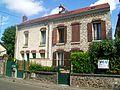 Méry-sur-Oise (95), rue de Pontoise.jpg