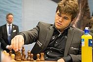 champion du monde d'échec  190px-Magnus_Carlsen_Tata_Steel_2013