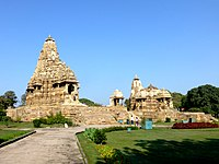 Mahadev Temple Western Group of Temples Khajuraho India - panoramio.jpg