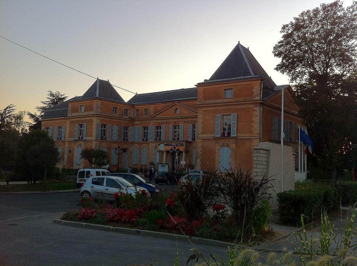 Clichy sous Bois u2013 Wikipedia, wolna encyklopedia # Commissariat De Clichy Sous Bois