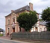 Mairie Saint-Victor-d'Épine2.jpg