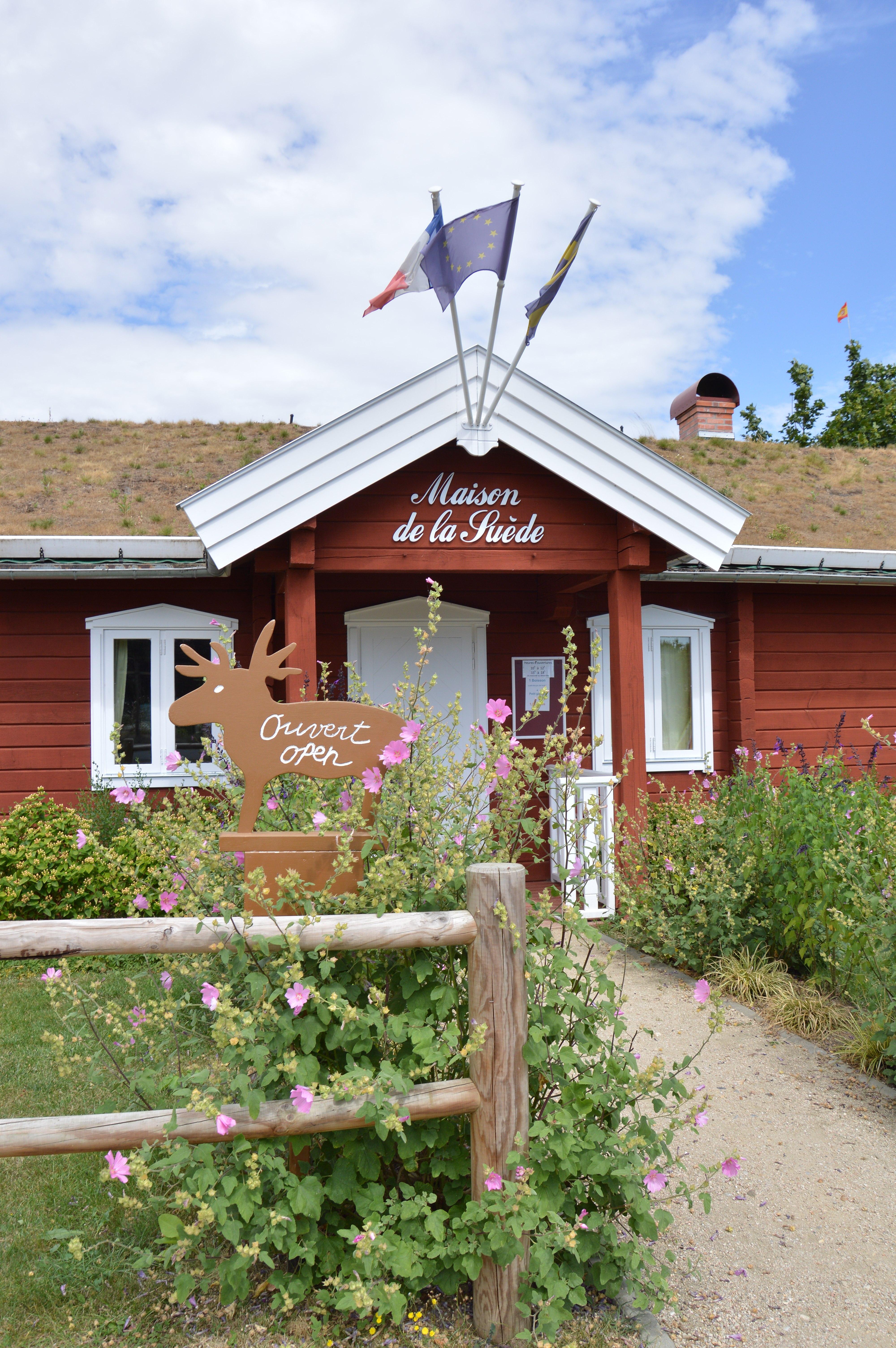 La Maison De La Suede file:maison-suede cepoy - wikimedia commons