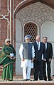 Manmohan Singh, the Prince Karim Aga Khan and the Union Minister for Culture, Smt. Chandresh Kumari Katoch at the ceremony to mark the completion of restoration work at Humayun's Tomb, in New Delhi on September 18, 2013 (1).jpg