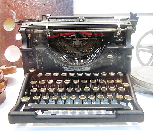 Manual typewriter in the Museu de Electricidade, Funchal - Apr 2013