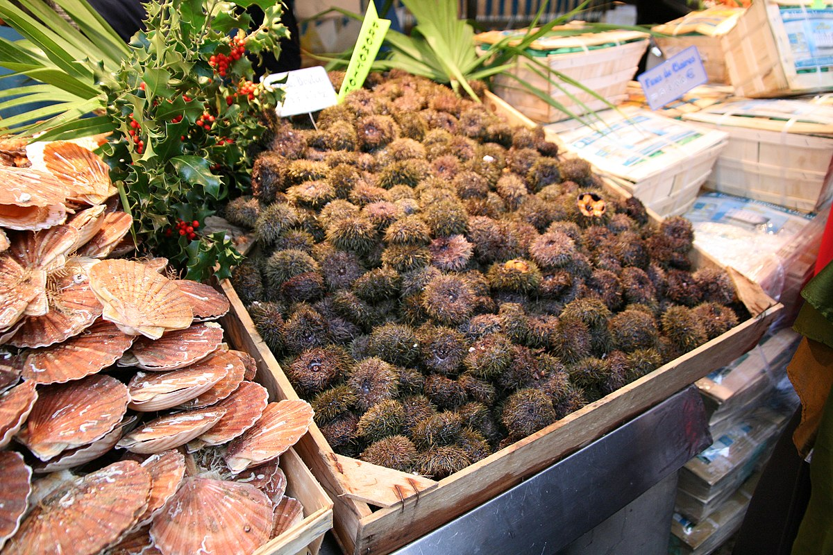 Marché Bastille, Paris December 2006 010.jpg