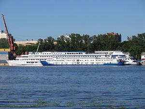 Marshal Koshevoy and Printsessa Anabella in North River Port 17-jun-2012 01.JPG
