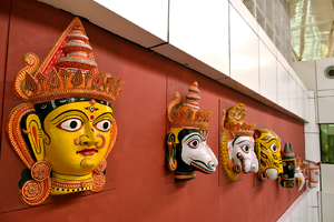 Biju Patnaik International Airport - Masks in the arrival area of Biju Patnaik International Airport