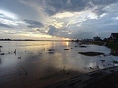 Mekong in Vientiane 6.jpg