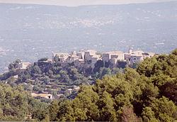 Menerbes Village.jpg