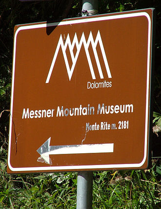 Messner Mountain Museum - Messner Mountain Museum signpost