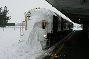 Climate of New Zealand - Midland Line blanketed in heavy snow