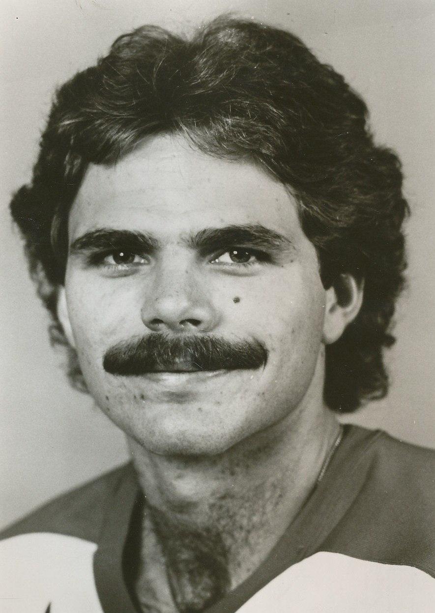 Mike Gartner 81-82