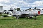 Mikoyan-Gurevich MiG-17 '01 red' (24550063457).jpg