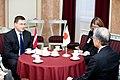 Ministru prezidents Valdis Dombrovskis tiekas ar Japānas vēstnieku Latvijā Tošijuki Tagu (8364229850).jpg