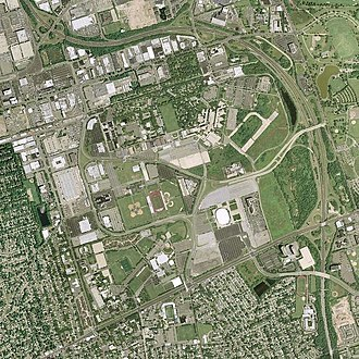 Mitchel Air Force Base - Image: Mitchel AFB NY 2006 Topo