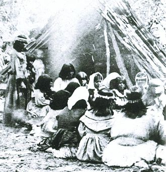 Yosemite National Park - Paiute ceremony (1872)