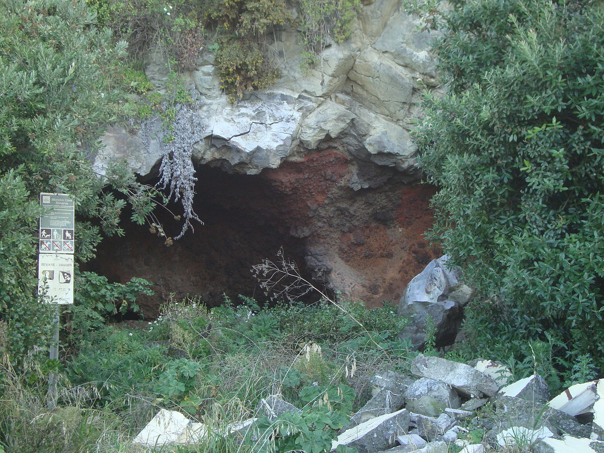 Moncks Cave Wikipedia