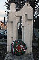 Monument WW2 Novi Banovci.jpg