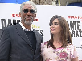 Morgan Freeman en Paz Vega op de premiere in Madrid