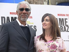 Morgan Freeman y Paz Vega en Madrid 01.jpg