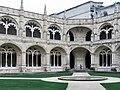 Mosteiro dos jerônimos (41435423691).jpg