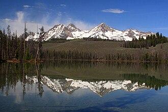 Little Redfish Lake - Image: Mountains in the Sawtooth Range reflected on Little Redfish Lake near Stanley, Idaho
