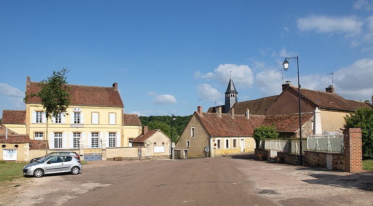 Maisons à vendre à Moutiers-en-Puisaye(89)