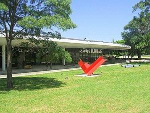 São Paulo Museum of Modern Art - Image: Museu de Arte Moderna, São Paulo Fachada