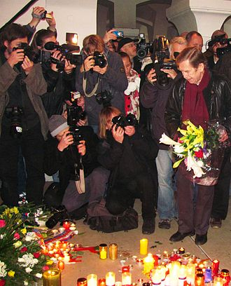 Václav Havel - Václav Havel at Velvet Revolution Memorial (Národní Street, Prague) in 2010