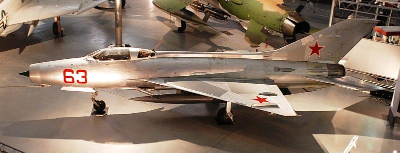 http://upload.wikimedia.org/wikipedia/commons/thumb/5/5a/NASM_-_MiG-21F_-_Fishbed_C_-3.jpg/800px-NASM_-_MiG-21F_-_Fishbed_C_-3.jpg