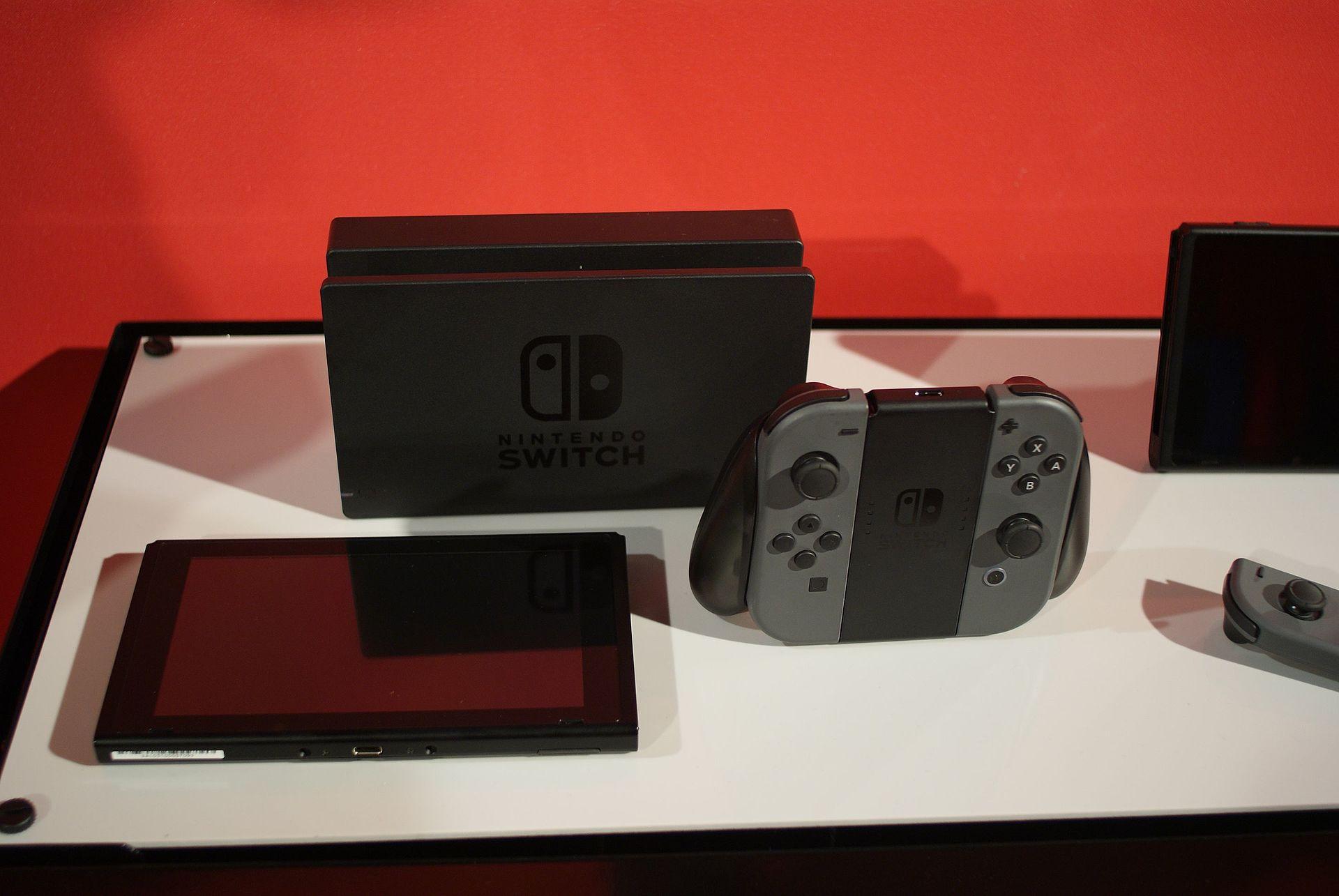 New Nintendo Switch Dock Design