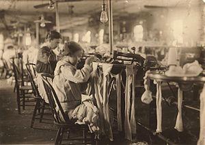 Scotland Neck, North Carolina - Child labor in Scotland Neck, 1914.  Photo by Lewis Hine.