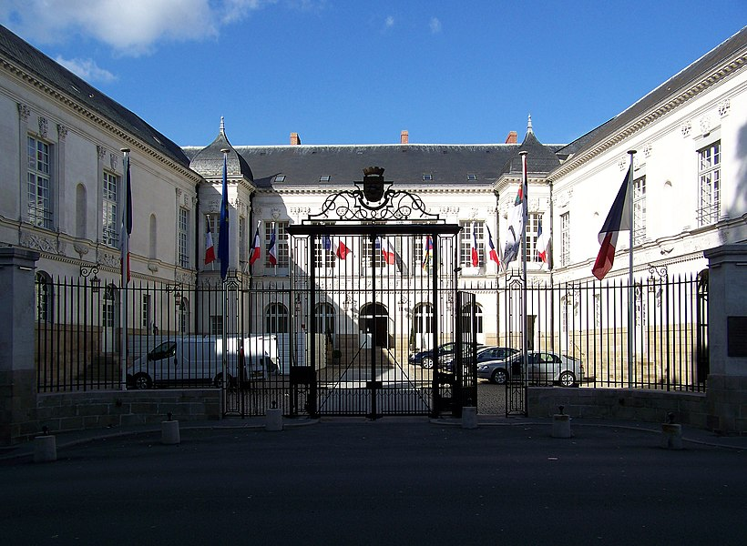 Nantes city hall.