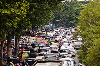 Traffic congestion at Necklace Road, Hussain Sagar Necklace road during Ganesh Nimajjanam (2019).jpg