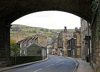 Mytholmroyd - Image: New Lane, Mytholmroyd (7th November 2010)